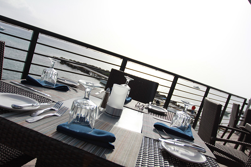 lobster-pot-cayman-islands-waterfront-dining-2